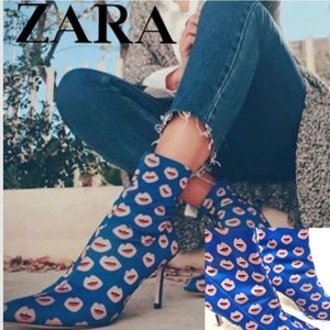 ZARA Lips Mouth Printed Stretch Ankle Boots